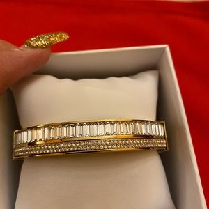 🎄🎁Gorgeous MK BANGLE with rhinestone/ crystals